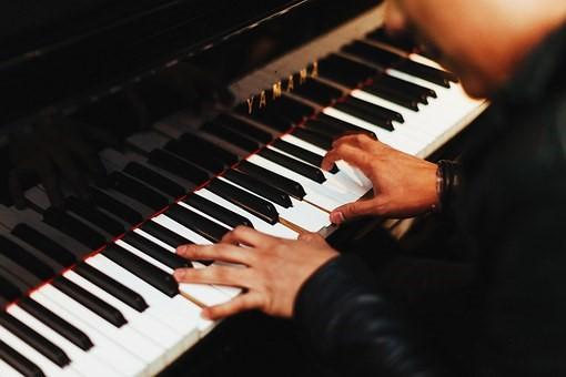 Pianist, Hard work